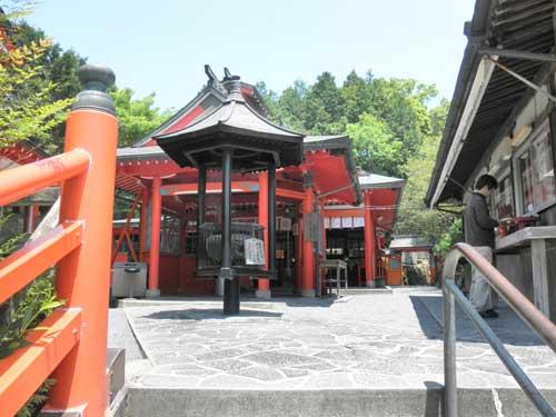 霞神社入り口
