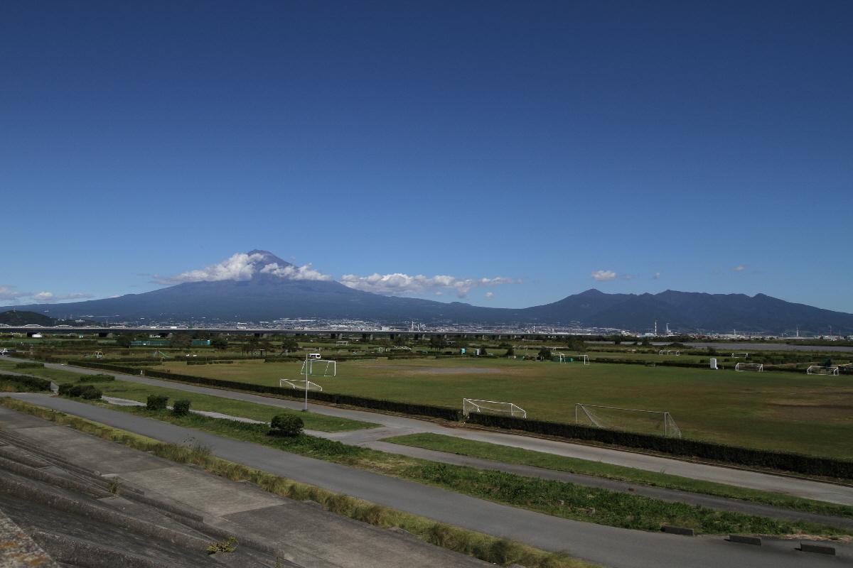 富士山隠れスポット愛鷹山
