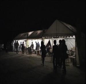 ホタル舟テント