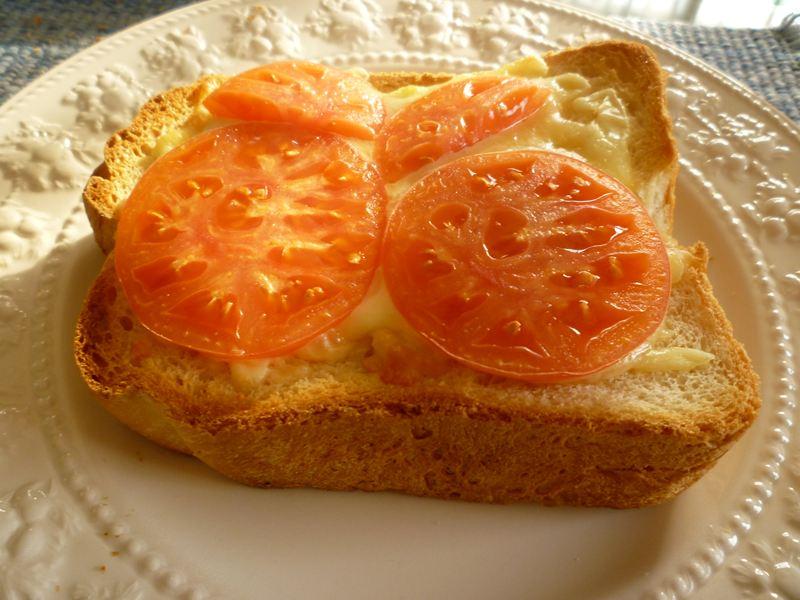 チーズとトマトで