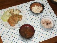12/17 夕食 鮭のポテト焼き、れんこんサラダ、タコ飯、シジミの味噌汁