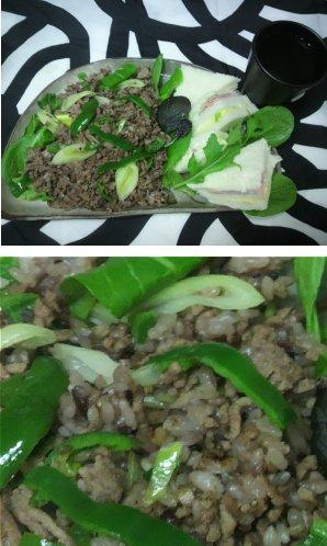 黒の雑穀ひき肉炒めご飯
