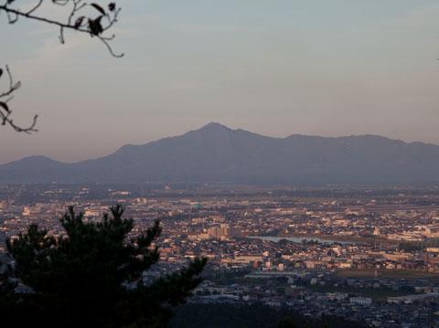 夕方の米山