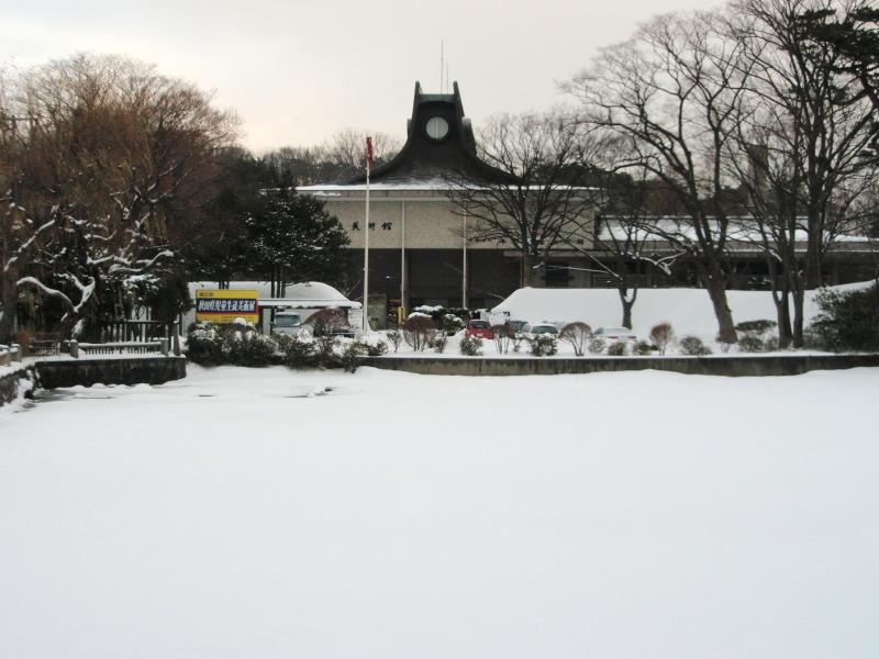P1010148 平野美術館(雪中)800x600○.jpg