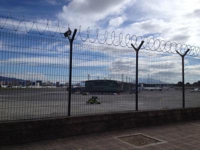 グアテマラ シティ ラ アウロラ 空港