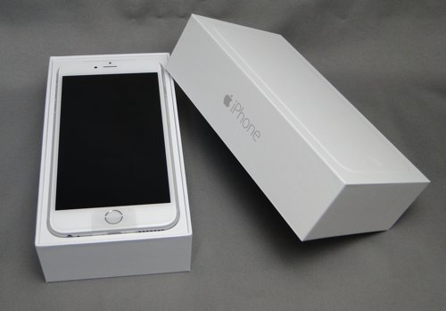 iPhone6Plus64GSilver_02.jpg