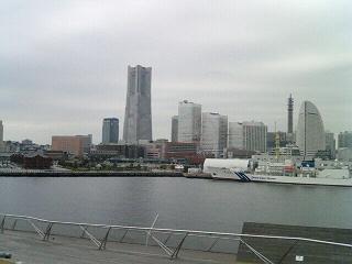 MM21&赤レンガ倉庫.jpg