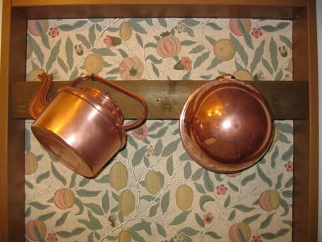 銅のボウルとヤカン