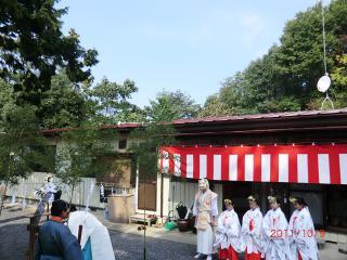 【足裏士たけ 神社 高屋敷稲荷神社 11-10-9-2】