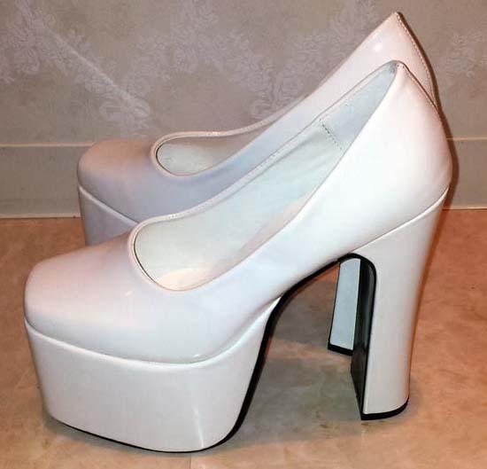 shoes152-2.jpg