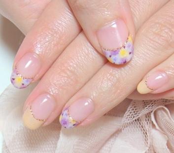 花柄ジェルネイルデザイン