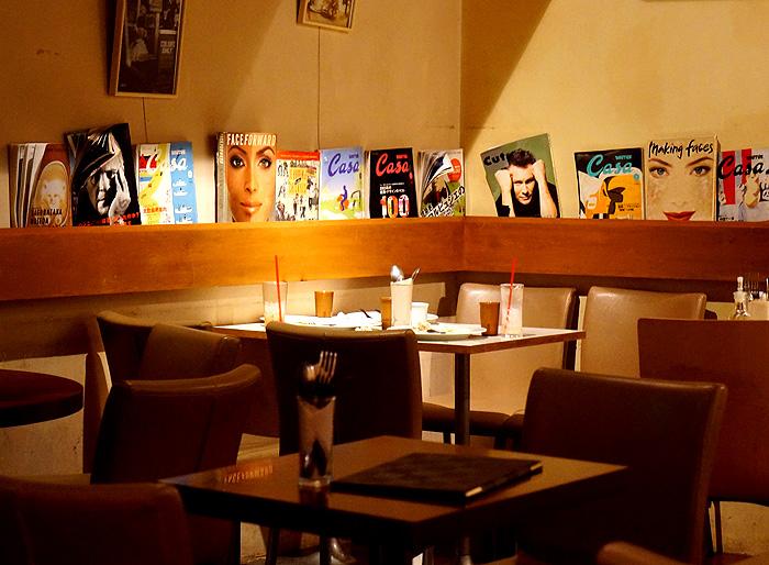 13-6-26-cafe-05.jpg