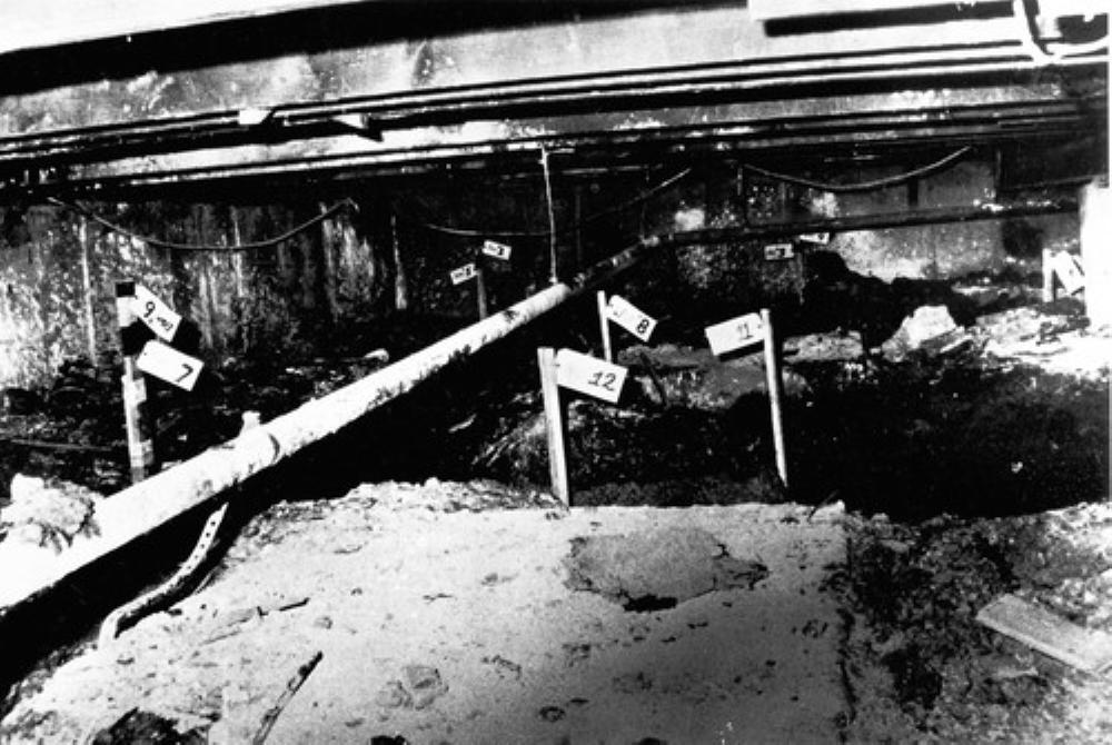 死体置き場と化していた床下