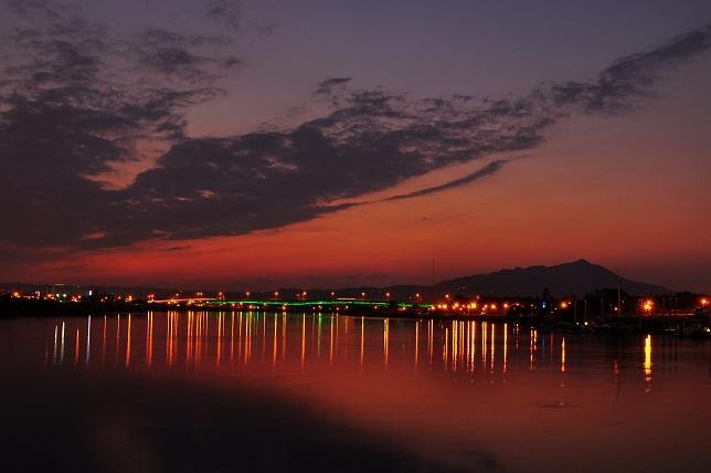 百齡橋河濱公園