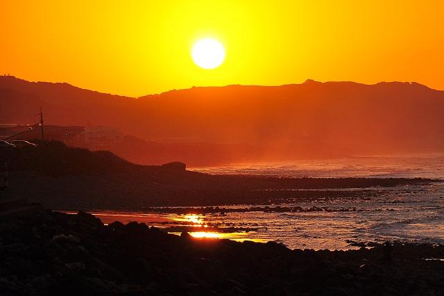 夕暮れ時の海岸線(2)
