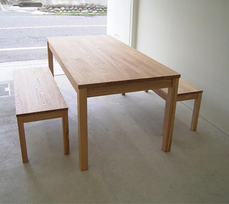 ストレートテーブル