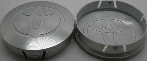 トヨタ純正アルミ製キャップ