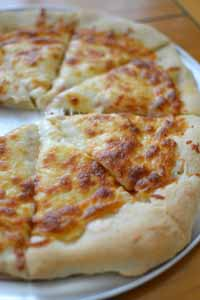Cooking_CheesePizzaStone