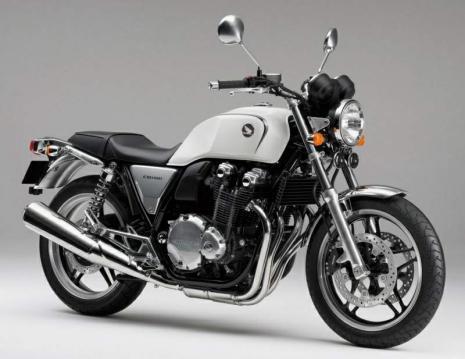 Honda CB1100 10 1