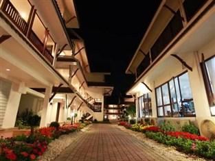 ナック ナカラ ホテル (Nak Nakara Hotel)