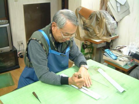 アーティスティックビューティー匠の殿堂 レディースバッグの匠 武石輝也氏を偲んで