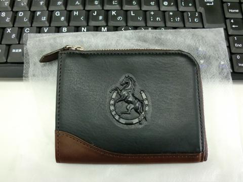 もうすぐ発売!新商品牛革製財布 左馬『フーガ』
