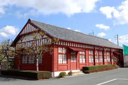 三重県松坂市:松阪工業高校赤壁