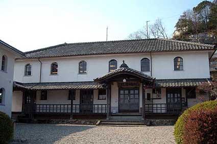 愛媛県宇和町:開明学校
