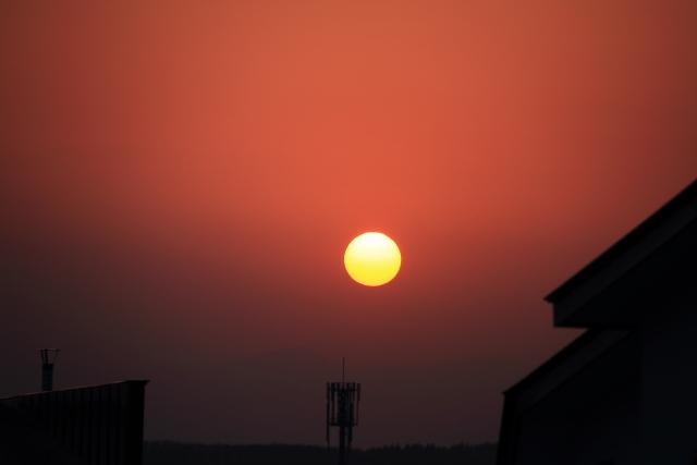 053珍しい夕日