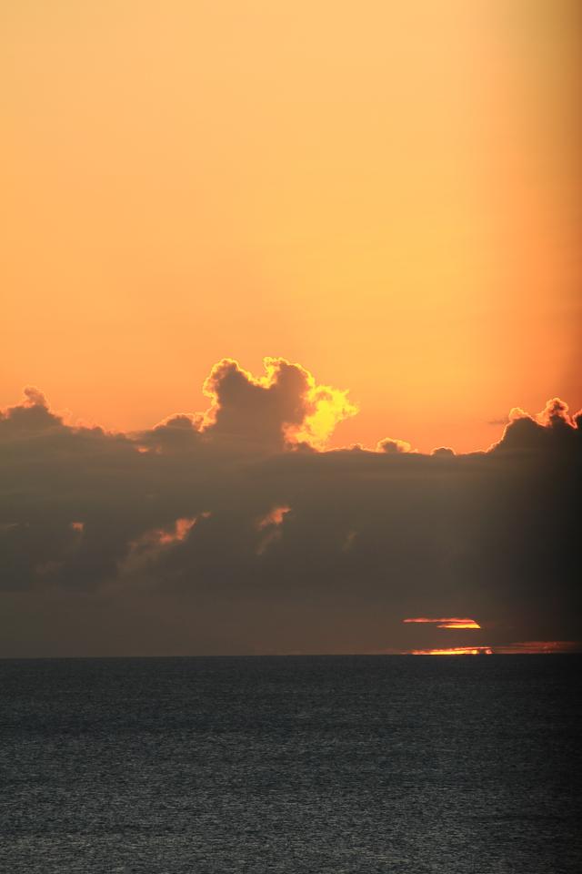 001グァム初日の夕日