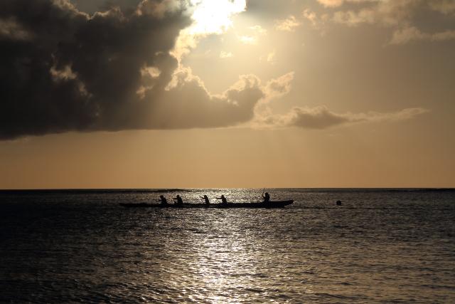 207光る海