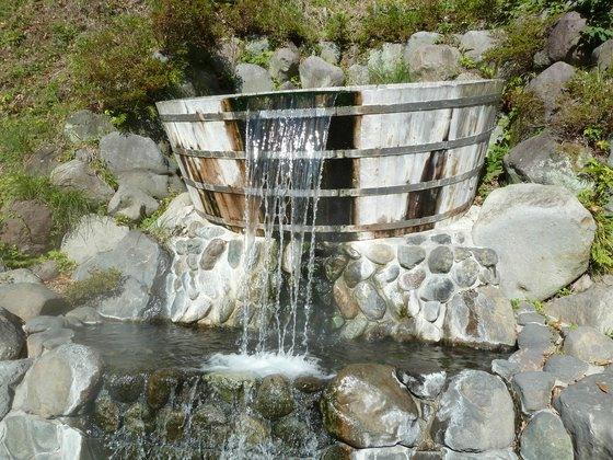 巨大風呂桶