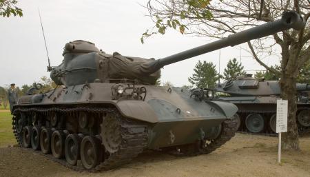 Japanese_Type_61_tank_-_1_convert_20130411133320.jpg