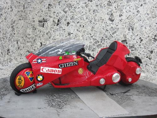 金田のバイク1