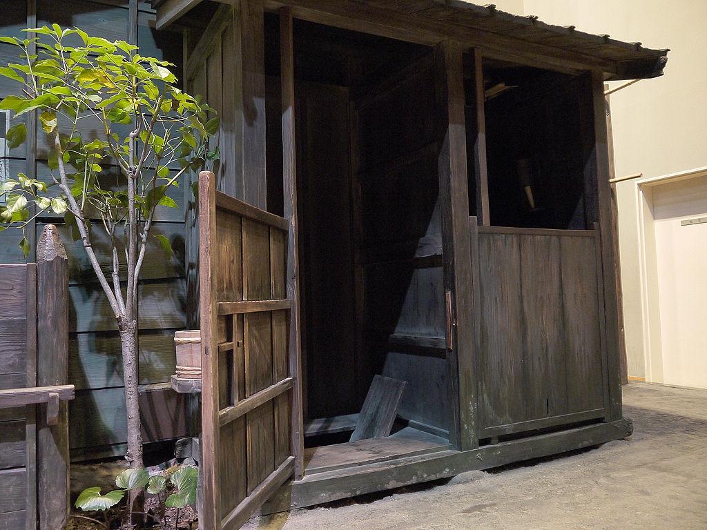 江戸時代の長屋便所