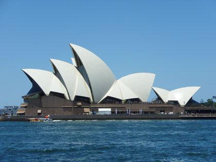 オーストラリアのランドマークとして有名なこの建物は、オペラハウスとして、実際に使われています。