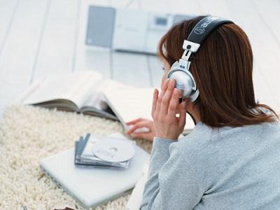 listening-01.jpg