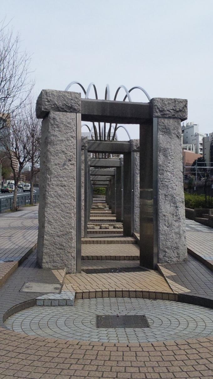 MONUMENT_20130326