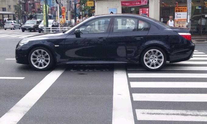 BMW  525 i_20110922