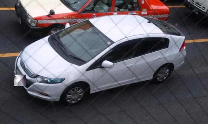 HONDA   INSIGHT_20111013