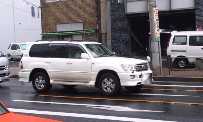 TOYOTA   LAND  CRUISER_20111006