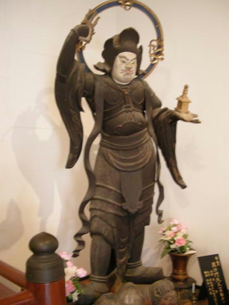 清水寺・市宝の四天王像 平安時代初期作。