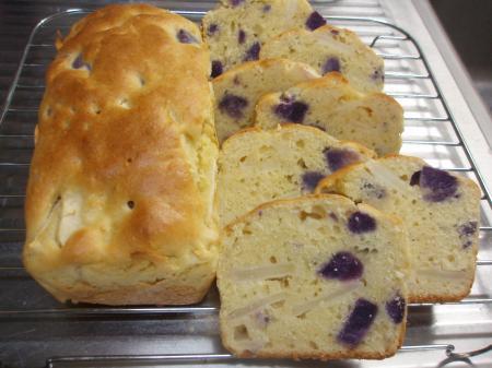 紫芋とリンゴのパウンド