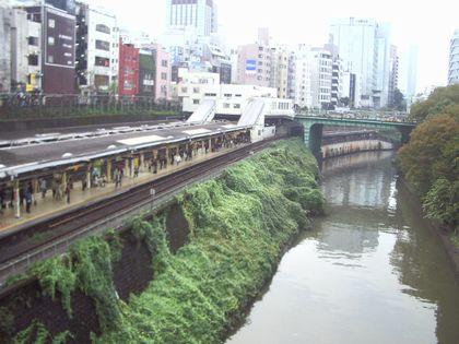 聖橋から御茶ノ水駅1