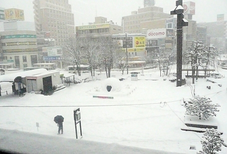 盛岡駅雪景色