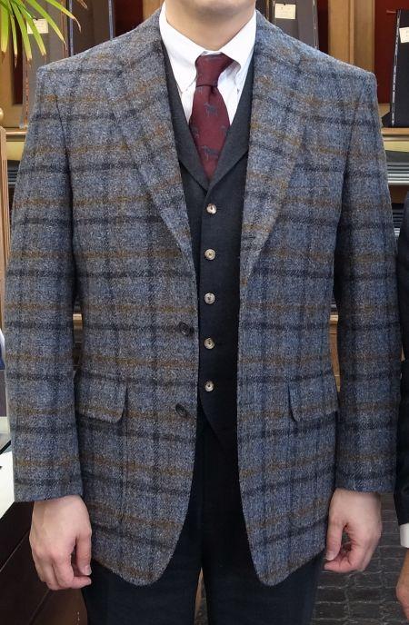 ハリスツイードのチェック柄のジャケット