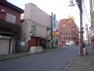 2011_0908_051250AA.jpg