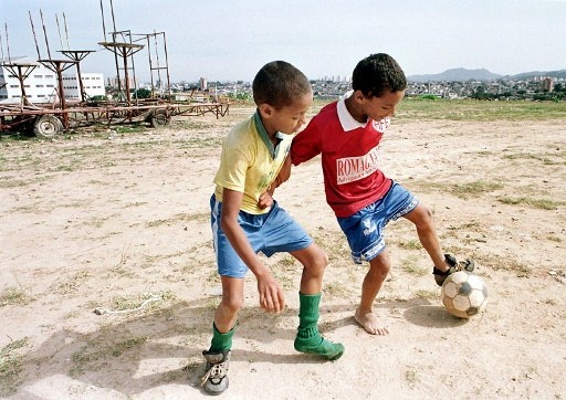 futebol_favela_512.jpg