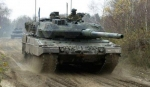 9Holland_Leopard_2A_6