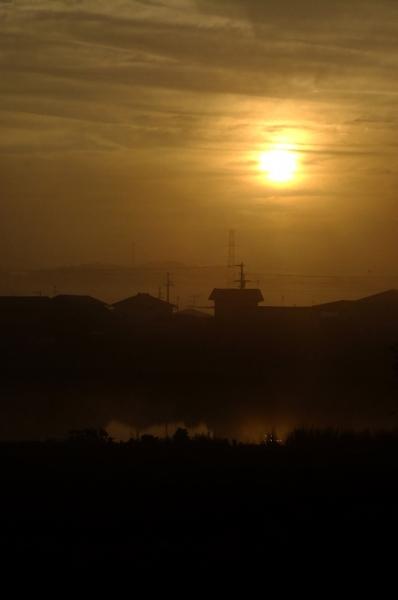 霧の夜明け02